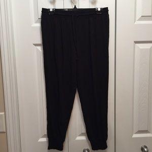 4/25! DKNY Black Rayon Jogger Pants